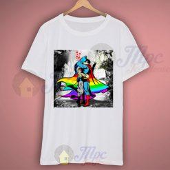 Romantic Kissing Batman and Superman T Shirt
