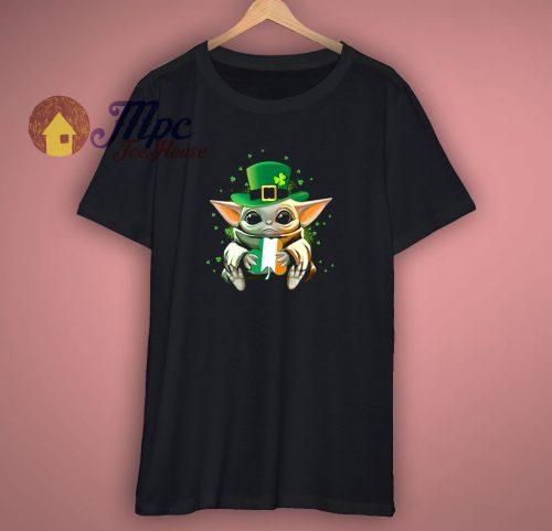Baby yoda St Patrick Day T Shirt
