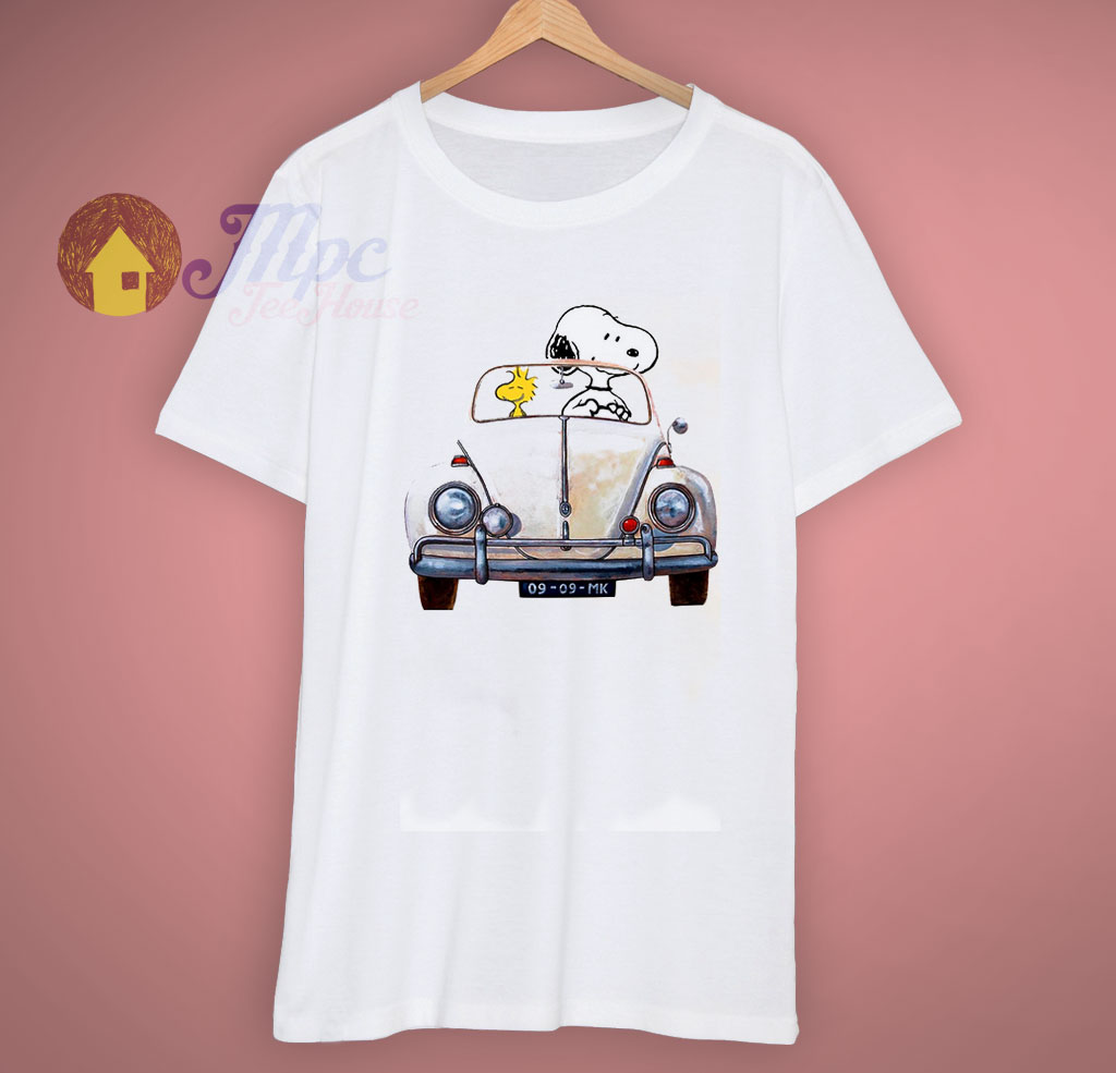 Snoopy Dog Driver Car Peanuts Charlie Brown T Shirt