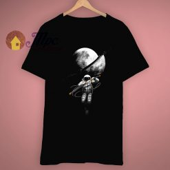 Cutting The Moon Samurai Astronaut T Shirt